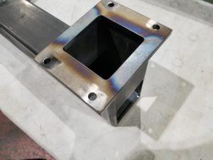 産業装置で使用するフレーム部品