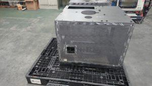 装置架台と装置安全カバー