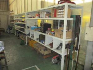 工場内整理棚 3台設置状態